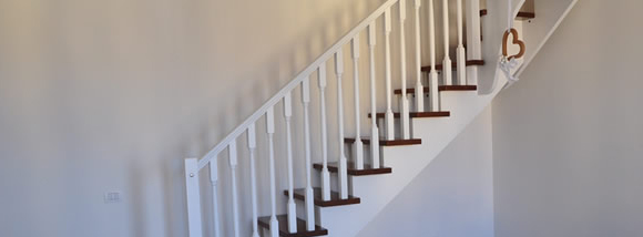 Ringhiere per interni rovigo for Coprigradini per scale in legno