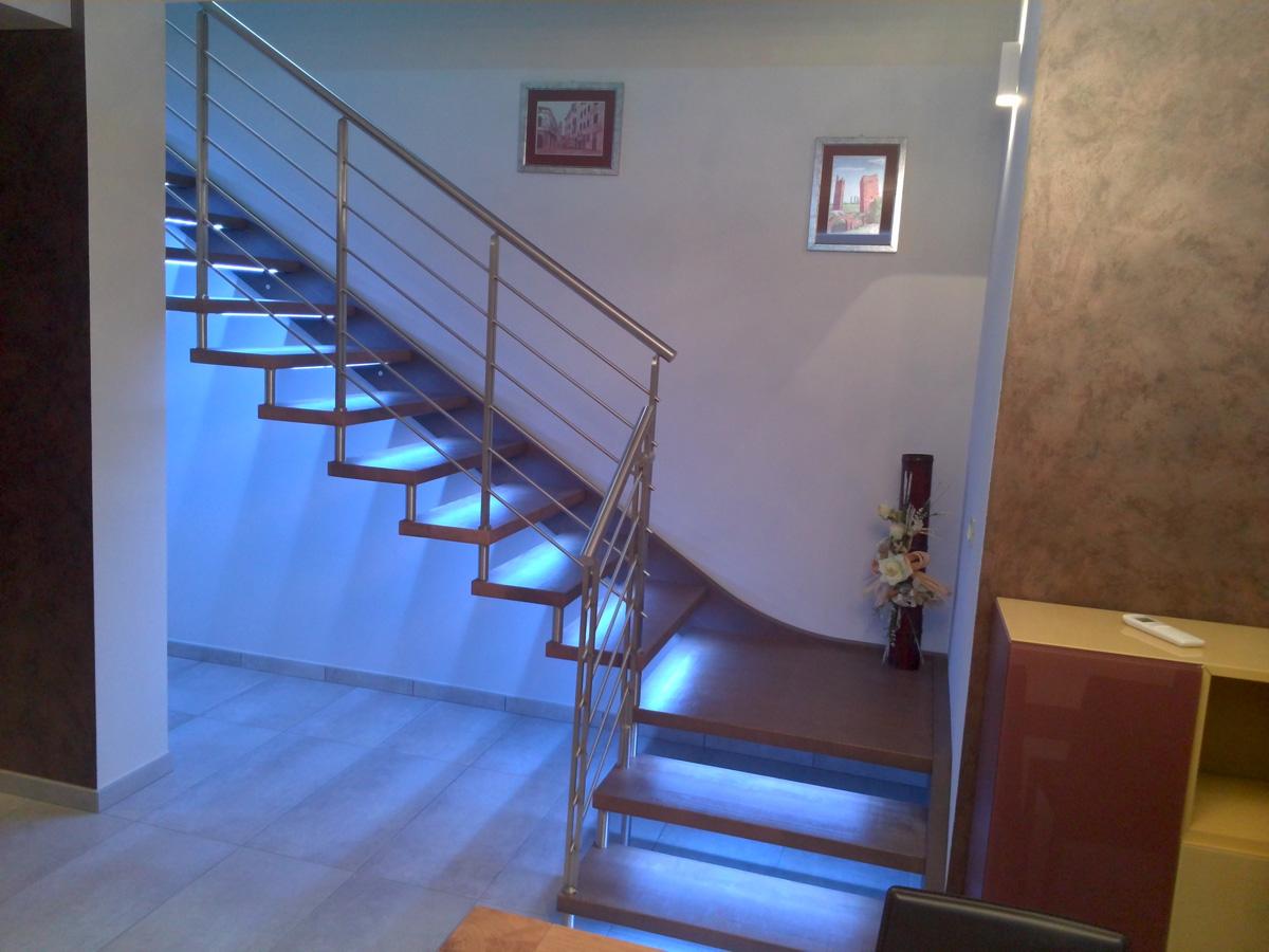 Scale rustiche legno per interni - Scale in legno per interni ...